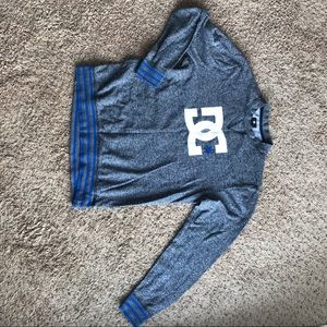 DC Heather Gray/Blue Jumper Crewneck Size Medium